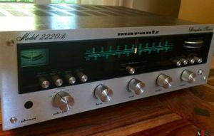 Vintage Marantz 2220B Receiver for Sale in Phoenix, AZ