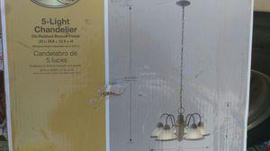 5 light chandelier for Sale in Grand Prairie, TX