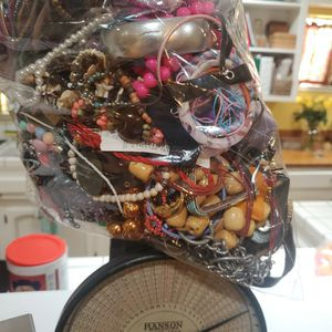 OVER 10 pounds Of Cheap Custome Jewelry for Sale in Modesto, CA