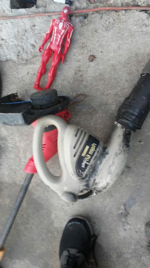 Electric wheet walker and leaf blower for Sale in Los Angeles, CA