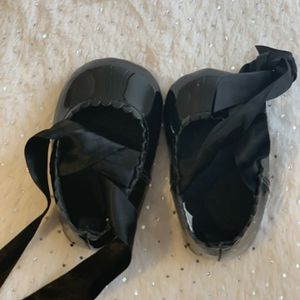Beautiful Black Ballerina Baby Shoes for Sale in Hollywood, FL