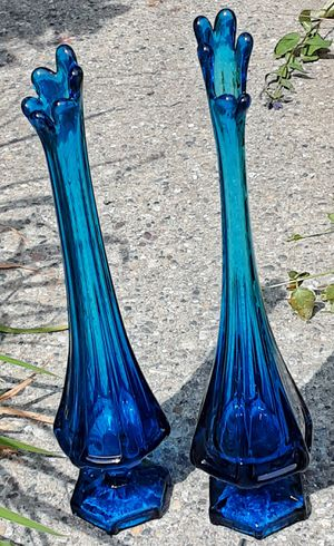 "Mid century modern pair of blue glass schwung vases ! 13 "" and 13.5"" H for Sale in Saginaw, MI"