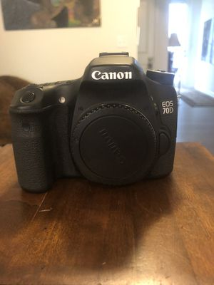 Canon 70D (DSLR Camera Body Only) for Sale in Stone Mountain, GA