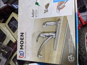 MOEN (Adler) Single-Handle Low Arc Standard Kitchen Faucet with Side Sprayer in Chrome for Sale in Fontana, CA
