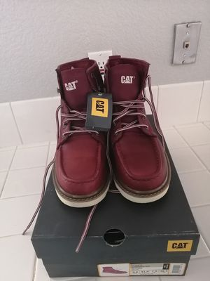 Brand new Caterpillar work boots for men. Size 11. Soft toe. for Sale in Riverside, CA