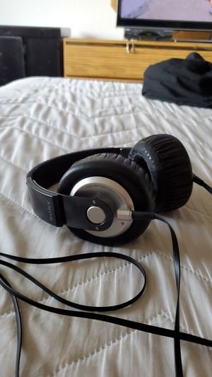 Sony Xtra Bass MDR-XB500 Headphones for Sale in San Diego, CA