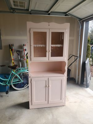 Vintage Hutch for Sale in Sedro-Woolley, WA
