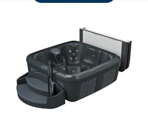 New hot tub for sale for Sale in Placentia, CA