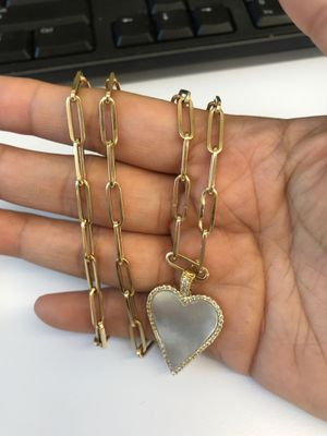 14kt yellow gold paper clip chain with mother of pearl heart pendant for Sale in Los Angeles, CA