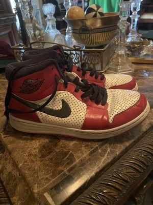 "2009 Nike Air Jordan Retro 1 Alpha ""Chicago"" bred royal blue toe size 7 for Sale in Alamo, TX"