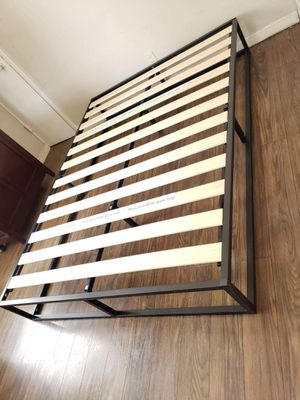 Platform bed frame Full size. Brand new. Free delivery in Modesto. $65 for Sale in Modesto, CA