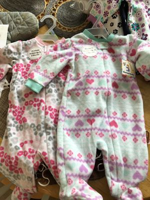 Fall baby girl clothes gift pack various sizes for Sale in Cumming, GA