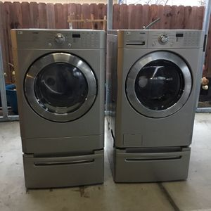 LG Stromm Washer And Gas Dryer for Sale in Sacramento, CA
