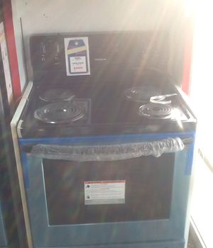 New open box frigidaire electric range for Sale in Hawthorne, CA