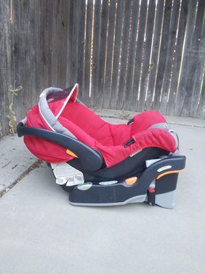 Chicco KeyFit 30 Car Seat for Sale in Elk Grove, CA