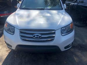Hyundai Santa Fe 2012 Selling Parts Only for Sale in Paterson, NJ