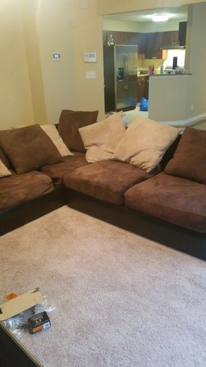 Brown Sectional Couch for Sale in Lithonia, GA