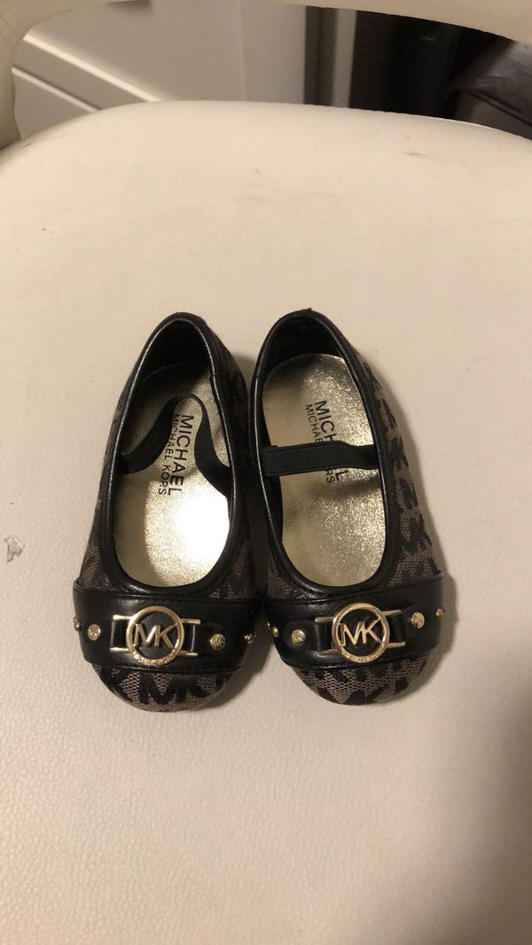 Michael Kors baby shoes size 5