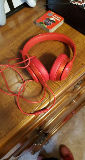 Beats solo headphones for Sale in Baltimore, OH