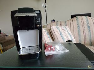 Keurig coffee maker for Sale in Maple Shade Township, NJ
