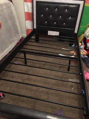 Twin size bed frame for Sale in Fresno, CA
