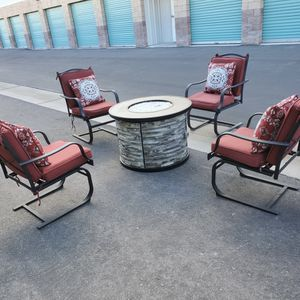 Beautiful 6 piece Outdoor Patio Set Furniture With BRAND NEW GAS FIRE PIT 🔥🔥🔥 FREE DELIVERY WITHIN 5 MILES 👍 for Sale in Las Vegas, NV