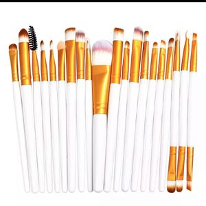 Makeup Brushes 20pcs for Sale in Washington, DC