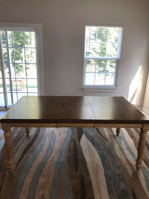 Solid wood Extendable dining table size 72x42x30 for Sale in Duncan, SC