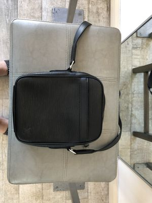 AUTHENTIC LOUIS VUITTON BAG for Sale in Miami Beach, FL