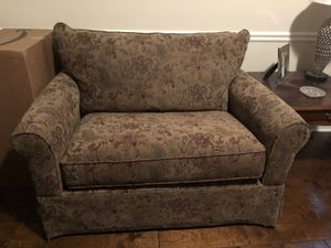 Oversized Chair for Sale in Chapin, SC