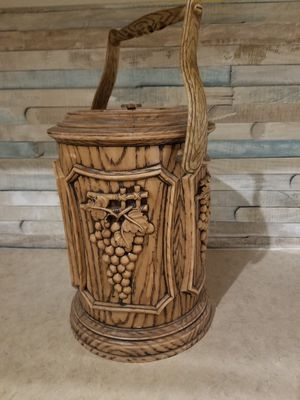 Vintage faux wood grain ice bucket or canister for Sale in Victoria, TX