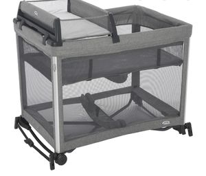 Halo Dreamnest with changing table for Sale in Huntington Park, CA