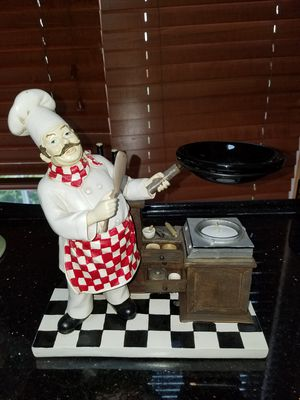 YANKEE CANDLE COMPANY CHEF TEALIGHT STATUE for Sale in Snohomish, WA