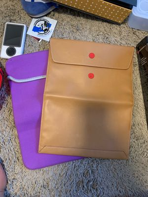 """13"""" MacBook carrying sleeves/ case for Sale in San Jose, CA"""