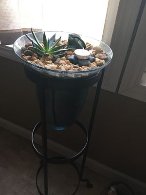 Planted plant holder for Sale in Saint Cloud, FL