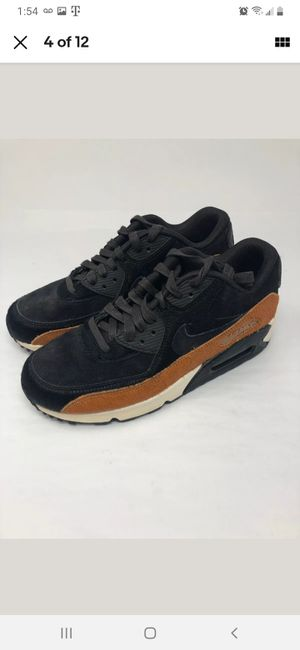 Nike airmax 90 LX size 6.5 for Sale in Chicago, IL