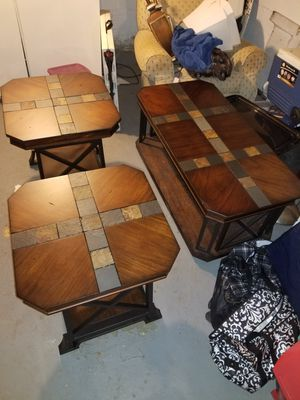 Coffe table and end tables for Sale in Robbinsville Township, NJ