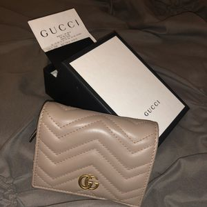 Authentic Gucci women's wallet for Sale in Hollywood, FL