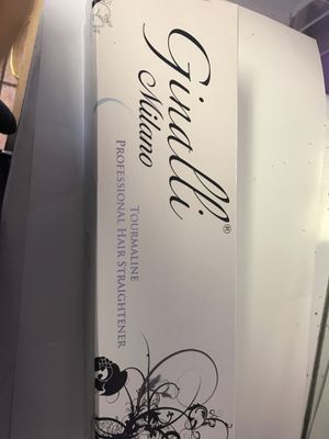 Ginalli Milano Tourmaline Professional Hair Straightener for Sale in Anaheim, CA