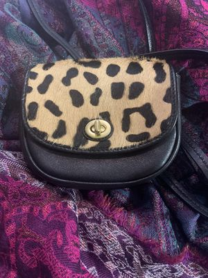 Coach mini cross body purse for Sale in Hayward, CA