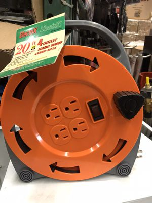 20ft electrical 4 outlet hand wind cord wheel for Sale in La Habra Heights, CA