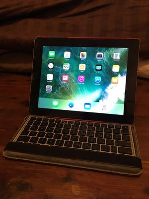 Apple IPad 4th Generation (w/Retina Display) w/red keyboard cover case/stand for Sale in Oronoco, MN