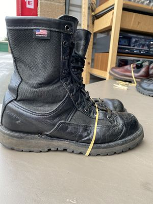 Danner Acadia 200g sz 7 work boot non steel for Sale in Kent, WA