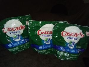 NEW CASCADE BUNDLE for Sale in Fresno, CA