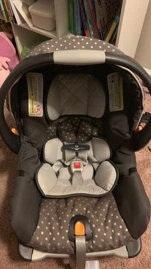 Keyfit 30 car seat with base for Sale in New Bern, NC
