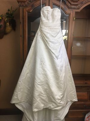 Wedding dress for Sale in Pinecrest, FL