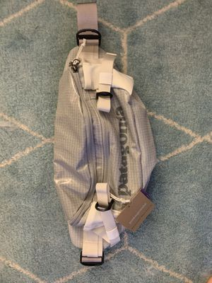Patagonia Black Hole Waist Pack 5L for Sale in Pasadena, CA