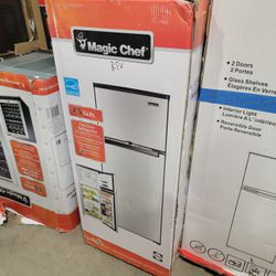 4.5 cu. ft. 2 Door Mini Fridge in Stainless Look with Freezer by Magic Chef for Sale in Duluth,  GA