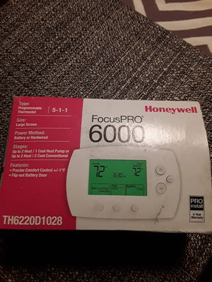 Honneywell FocusPRO TH6220D1028 Programable Thermostat for Sale in San Antonio, TX