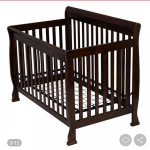 Baby Crib Convertible Bed for Sale in Anaheim, CA